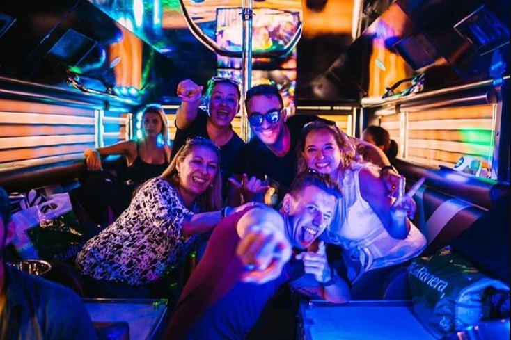Vida Nocturna en Punta Cana Donde Ir Bus Party Punta Cana b2b viajes