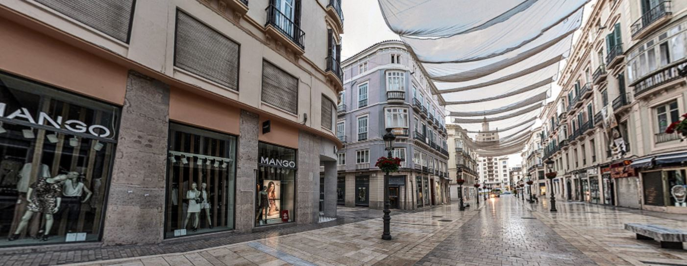 Calle Larios Malaga Que hacer b2b Viajes
