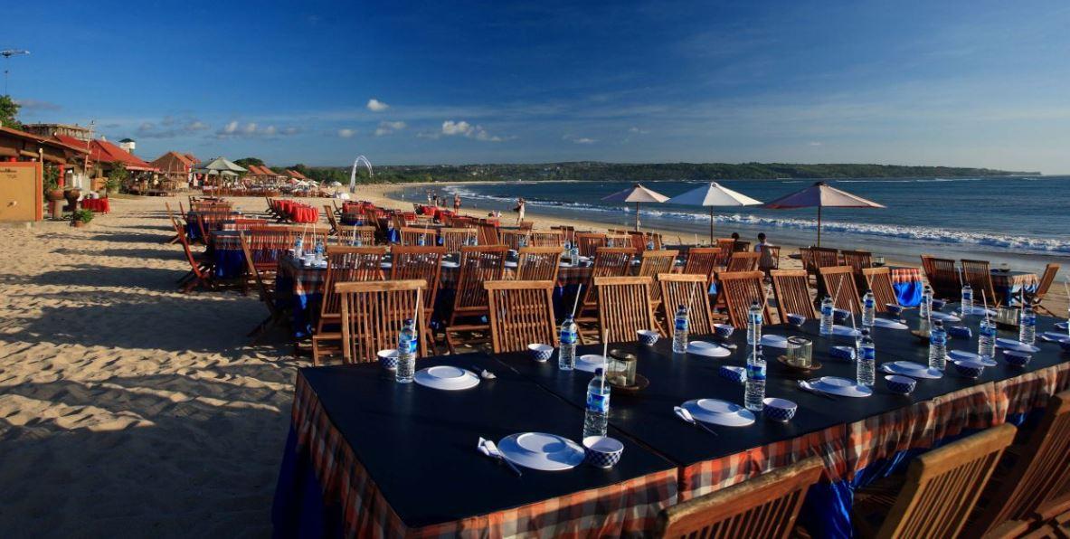 Cena en la playa de Jimbaran Bali B2BViajes