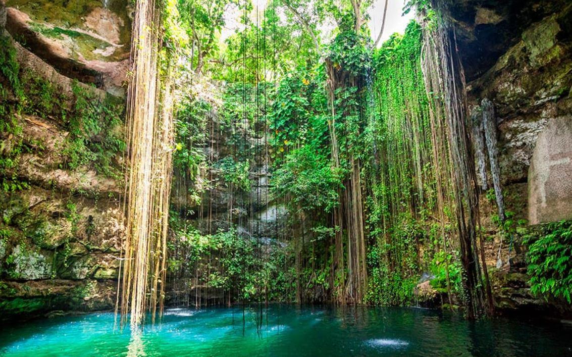 cenote azul cenote Ik Kil viajes singles