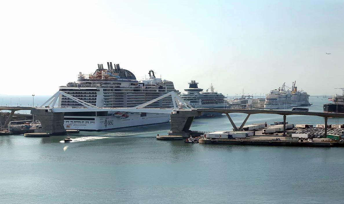 como llegar a la terminal de cruceros del puerto de Barcelona Muelle Adosado