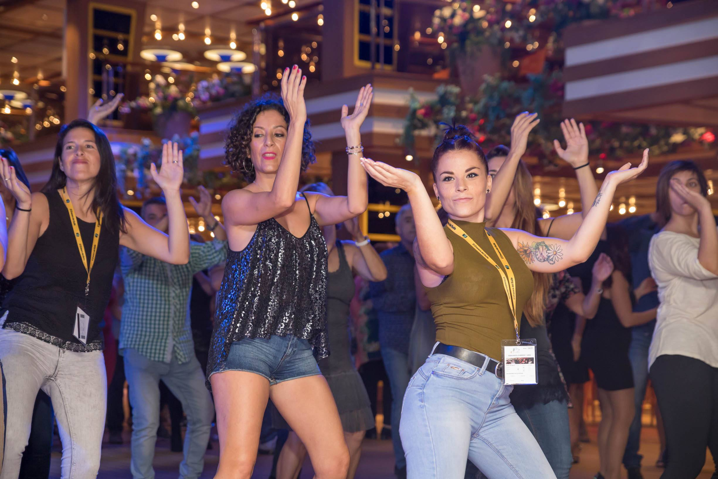 Clases de Baile y Actividades en Crucero Salsero