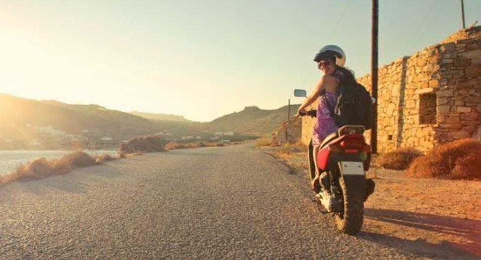 Excursione en moto de alquiler en Formentera B2Bviajes