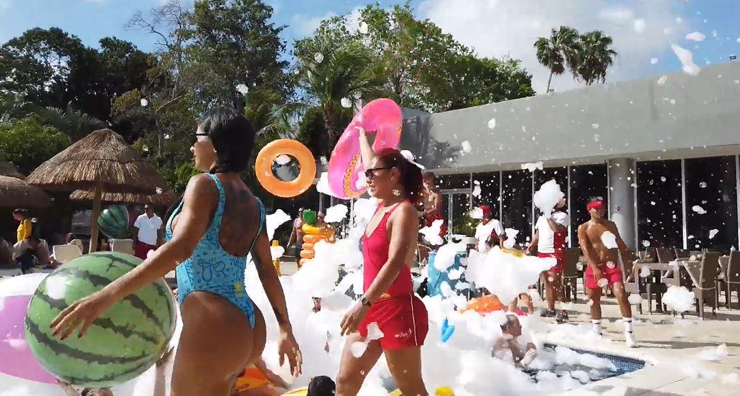 Programa de animacion fiestas piscina Riu lupita