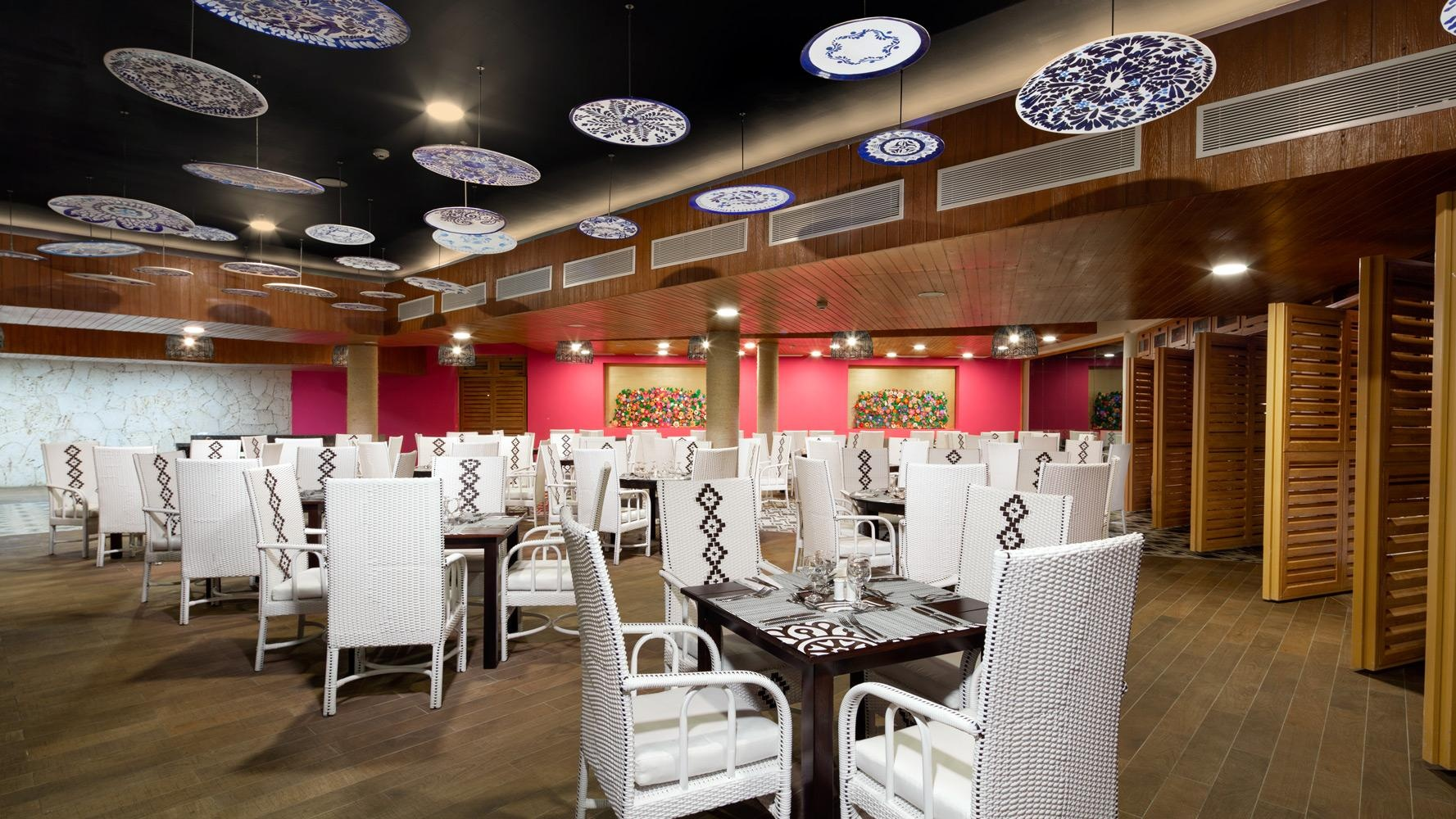 gastronomia_grand_sirenis_punta_canajpg.jpg?profile=RESIZE_710x