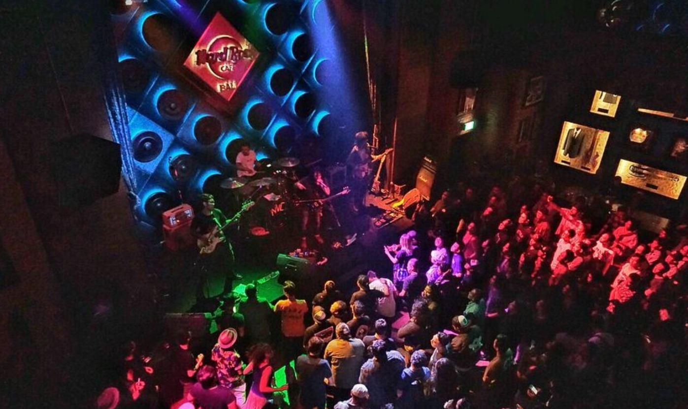 Hard Rock Cafe Bali Vida Nocturna Bares de copas y musica en vivo