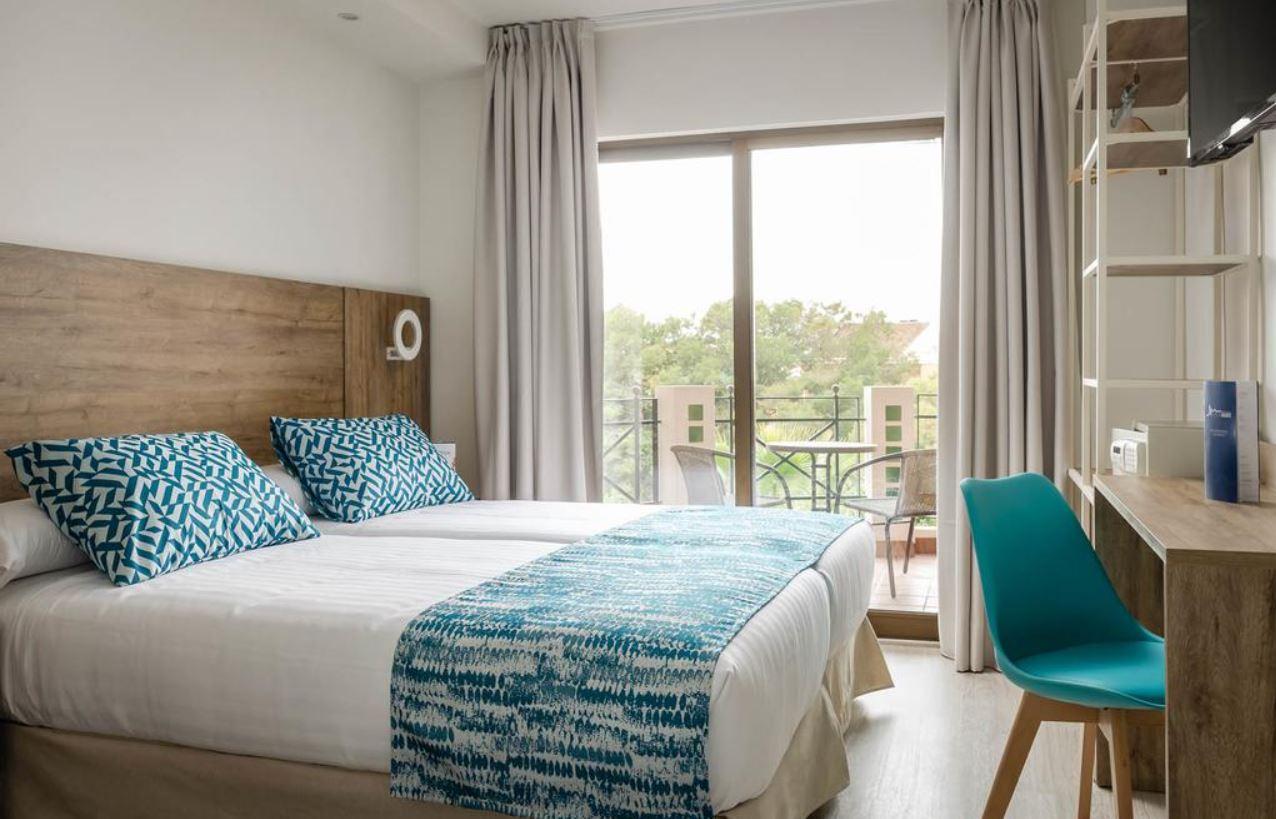 Hotel Boutique Calas de Alicante Habitación Doble oferta Viajes para Solteros Grupos de Vacaciones Singles