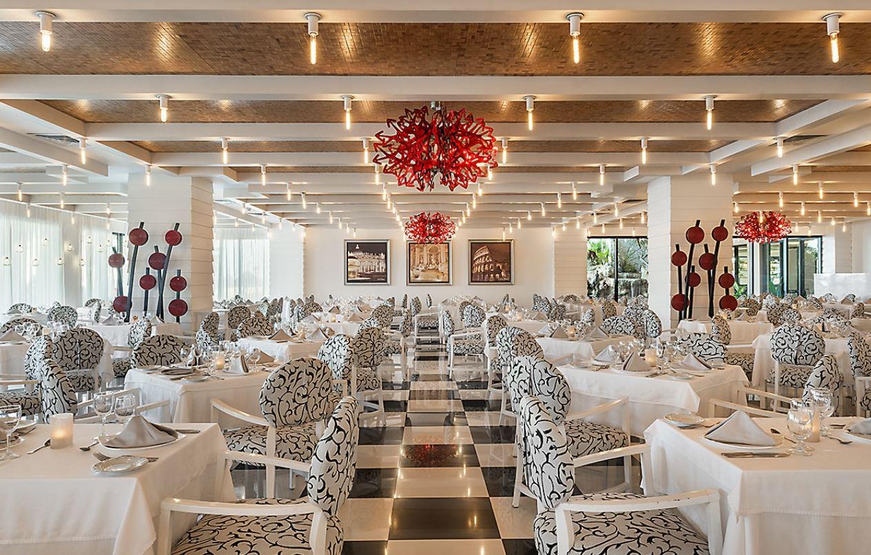 Restaurantes tematicos del hotel Ocean Turquesa Riviera Maya todo incluido