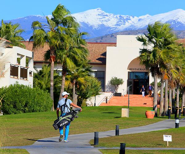 Hotel con campo de golf