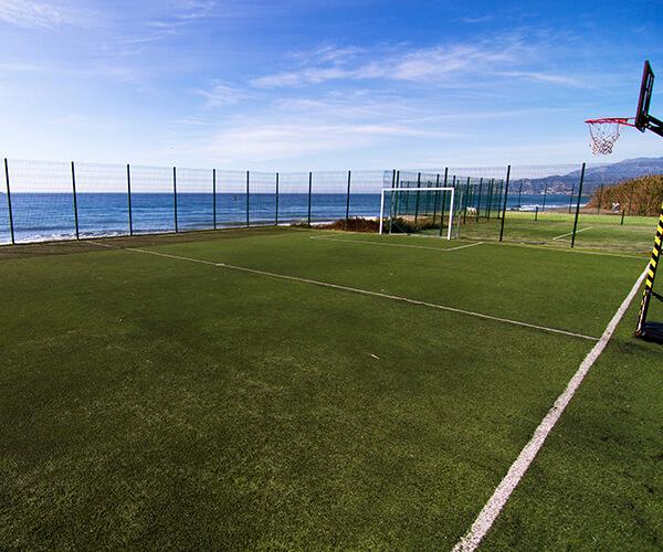 Hotel con campo de futbol