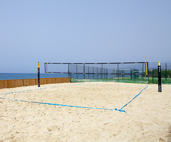 Holten con pista voley playa