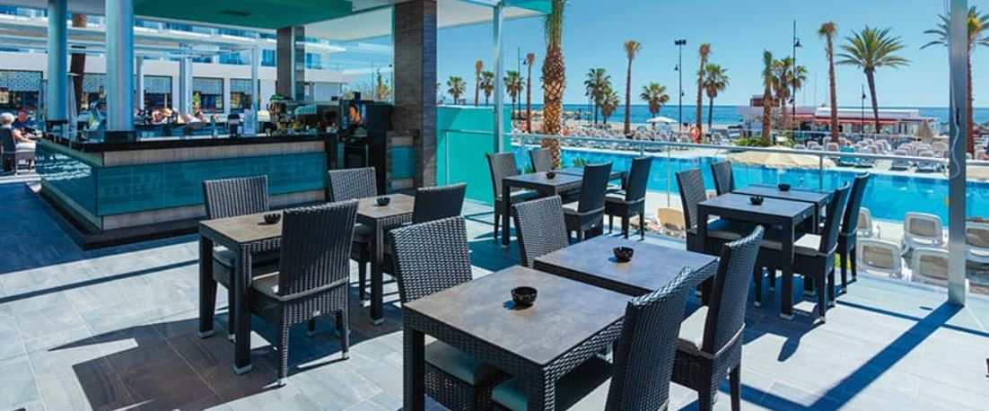 Hotel Riu Costa del Sol Bar Terraza Piscina y Playa Oferta Torremolinos B2B viajes