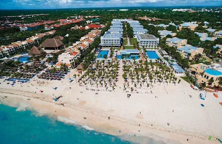 Hotel Riu Playacar recomendado en viajes para solteros y Vacaciones Singles