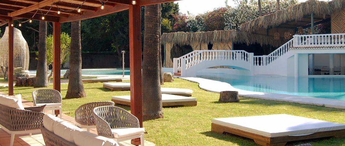 Zona Piscina Hotel Tu&Me Gandia Vacaciones Singles Weekend