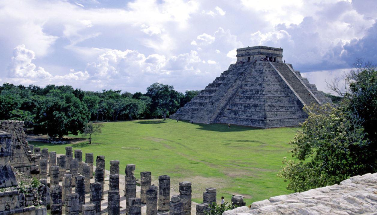 riviera maya itzan monumento historico viajes singles