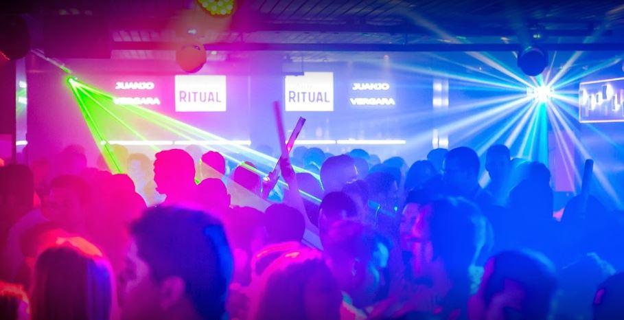 El Anden Malaga Mejores discotecas centro de Malaga b2b Viajes
