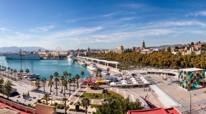 Muelle Uno Malaga Fin de semana b2b Viajes