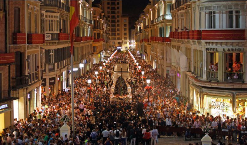 Semana Santa Malaga Calle Larios b2b Viajes