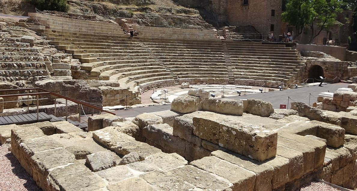 Teatro romano en centro histórico de Málaga