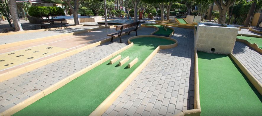 mini golf hotel playasol roquetas