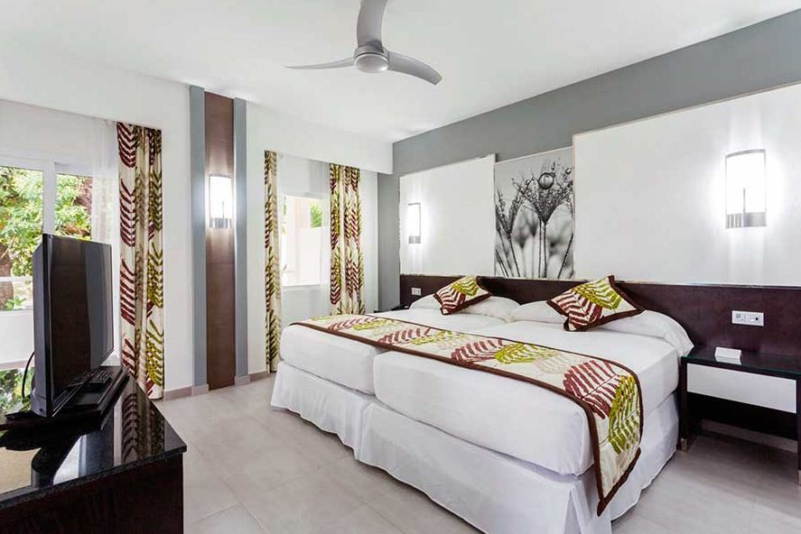 Viajes para Solteros Hotel Riu Playacar Habitación Doble