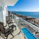 hotel_riu_costa_del_sol_en_playa_de_torremolinos.jpg?itok=1bKvNkLU