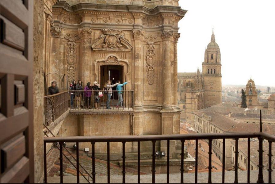 Torres de la Clerecía Scala Coeli Que ver en Salamanca b2b Viajes